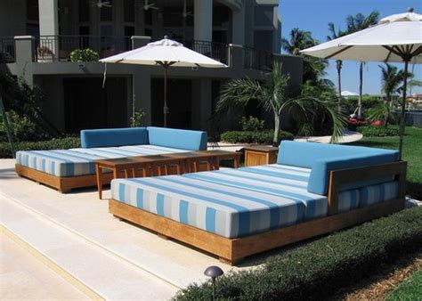 outdoor daybeds   enjoy summer  comfort  style