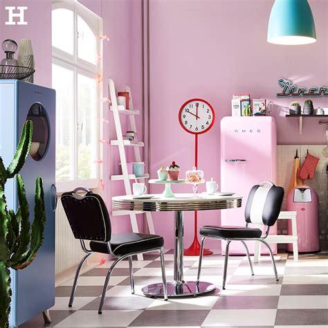 Küche Retro Look by Eine Traumk 252 Che Im 50er Jahre Look Mit Viel Farbe