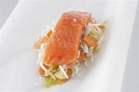 cuisine du poisson cuire du poisson en papillote technique de cuisine