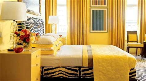 Bedroom Decorating Ideas Yellow Paint by 15 Zesty Yellow Bedroom Designs Home Design Lover