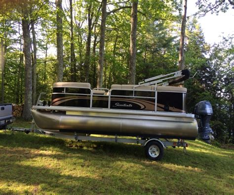 Craigslist Maine Pontoon Boats For Sale by Pontoon New And Used Boats For Sale In Maine