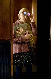 Evanna Lynch On Set Interview HARRY POTTER AND THE DEATHLY ...