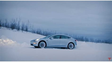 Download Tesla 3 In Snow Images