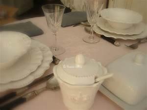 Nappe Rose Poudré : nappe ronde rose poudr lin stone washed broderie volant shabby chic decoration romantique ~ Teatrodelosmanantiales.com Idées de Décoration