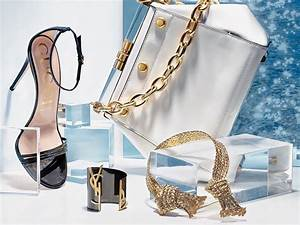 Wear These Accessories To Vegas U0026 39  Chicest Pools