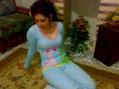 Desi Girls Komal Sexy Dress On Bed