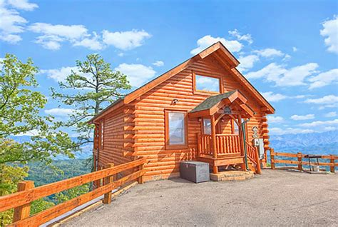cabins pigeon forge tn one bedroom cabins in gatlinburg pigeon forge tn