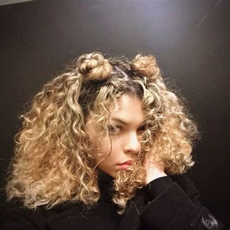 How To Do 90s Hairstyles by 28 Ridiculously Cool Bun Hairstyles You Need To Try