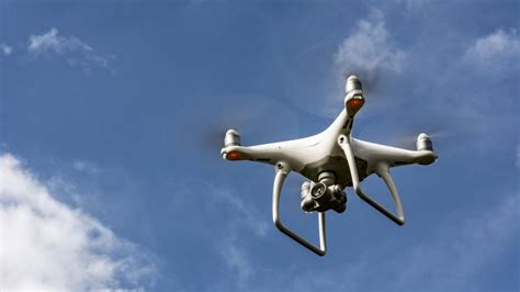 dji phantom  review automatic flying   people cnet