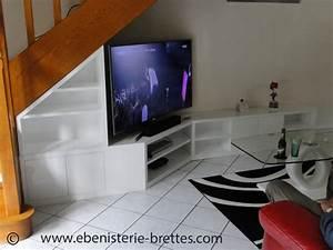 Meuble D Angle Moderne : meuble tv sous escalier ebenisterie brettes ~ Teatrodelosmanantiales.com Idées de Décoration
