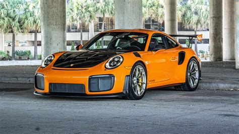 Live your tangerine dreams with this extreme Porsche 911 ...