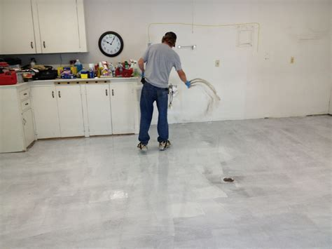 Vinyl Chip Epoxy :: How Its Done   Decorative Concrete of