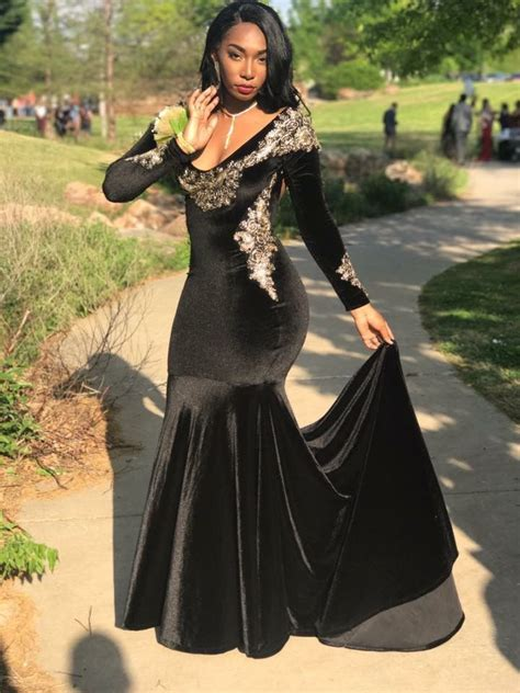 Pin by Elmica Lauriant on Take me to prom | Best evening ...