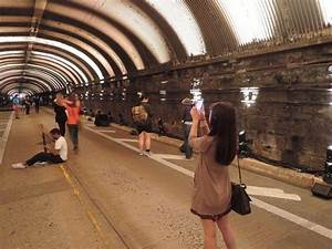 Busy NYC Traffic Tunnel Conceals Abandoned Trolley Station