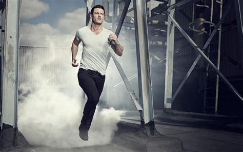 luke evans wallpapers high quality resolution