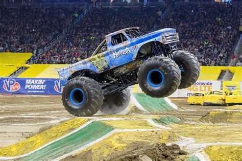 monster truck show anaheim stadium monster jam 2018 in socal 187 little inspiration