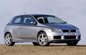 Fiat Stilo 2002 : fiat stilo hatchback review 2002 2007 parkers ~ Gottalentnigeria.com Avis de Voitures