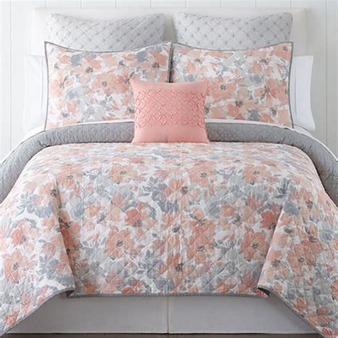 jcpenney bedspreads and quilts home expressions floral quilt jcpenney