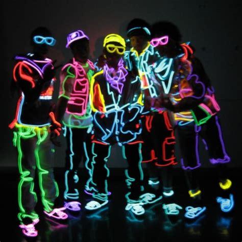 party neon streifen  mm dunkel blau glow el wires