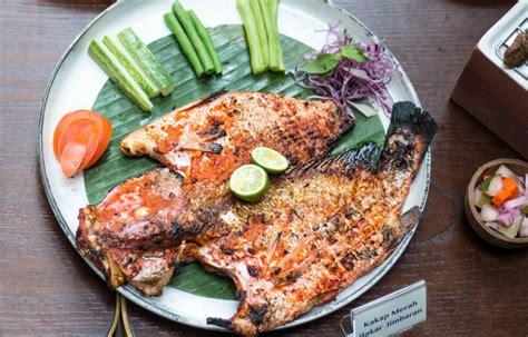 Paket udang bakar, paket cumi bakar, soup kepala ikan kakap. Kakap Bakar Bumbu Bali / Resep Masakan Ikan Kakap Bakar ...