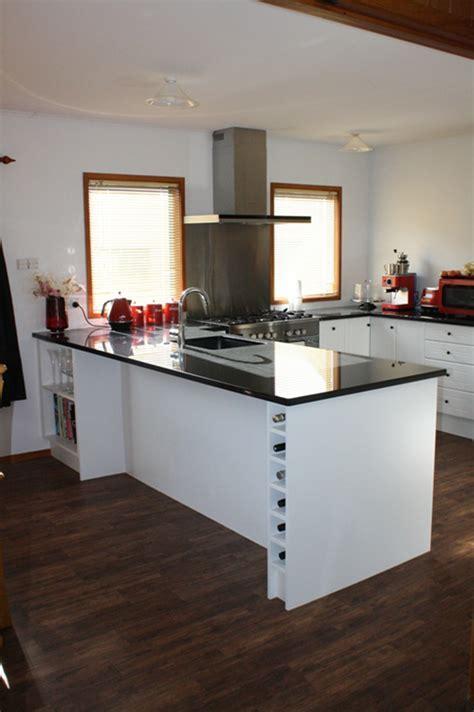 Granite Benchtop with White doors ? Kitchens 2 Go