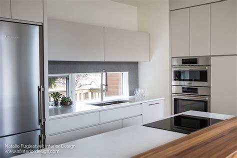 briar hill interior design  seamless modern kitchen