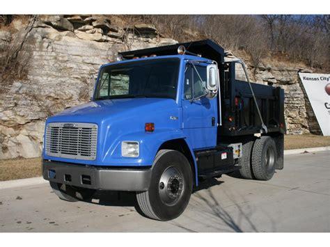 freightliner dump trucks  sale  trucks