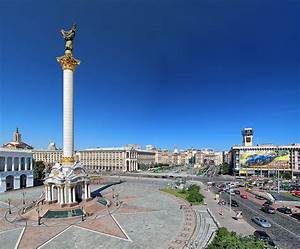 Maidan Nezalezhnosti and the Monument of Ukraine Independence