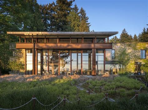 Glazed Studio House By Tom Kundig 24