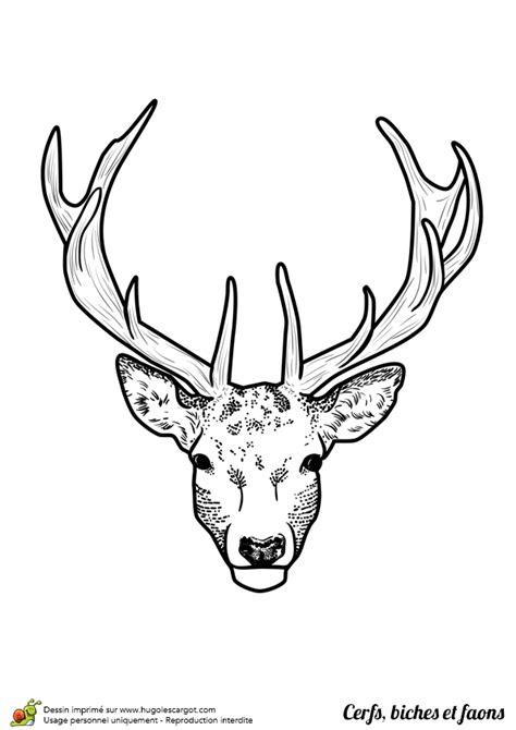 Tete De Cerf Tatouage Une T 234 Te De Cerf Tr 232 S R 233 Aliste 224 Colorier Coloriage Pour Enfants En 2019 Drawings Deer Et