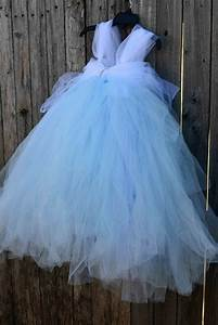 Tuto Tutu Tulle : no sew tulle cinderella dress maybe i could translate this to an adult size dress for a ~ Dode.kayakingforconservation.com Idées de Décoration