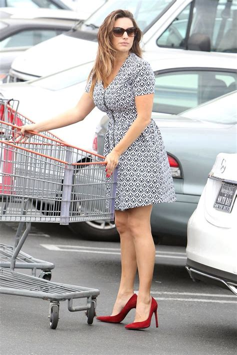 Kelly Brook Looks Glum She Goes Food Shopping After One