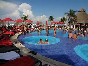Piscina - Picture of Temptation Cancun Resort, Cancun ...