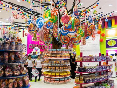 candy store  dubai mall stock editorial photo