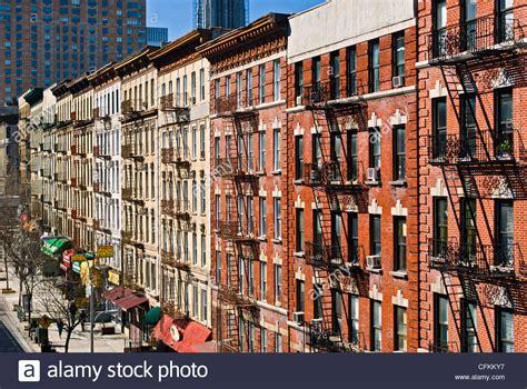 feuerleitern auf wohnh 228 user wohnung im viertel harlem new york city stockfoto bild