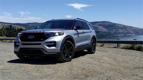 Ford St 2020 Motor Ausstattung by Drive Review 2020 Ford Explorer St Dances With The