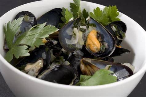 recette de moules marinieres facile  rapide