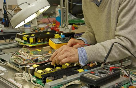 mechatronics engineer   pictures