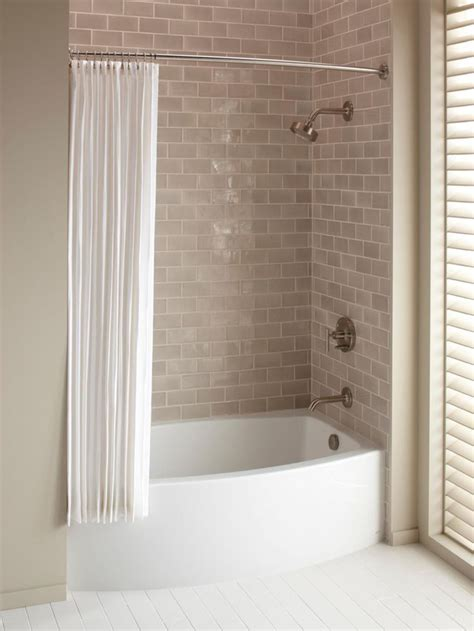 Cheap Bathtubs And Showers by Best 25 Tub Shower Combo Ideas On Bathtub