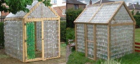 cadre deco cuisine construire une serre en bouteilles plastique