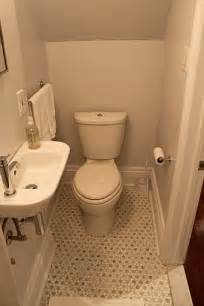 small half bathroom ideas best 25 tiny half bath ideas on