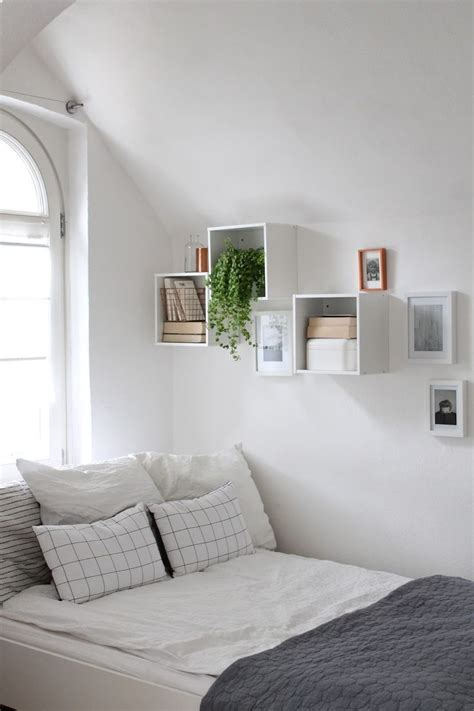 Spare Bedroom Inspiration by 1000 Ideas About Spare Room Decor On Spare