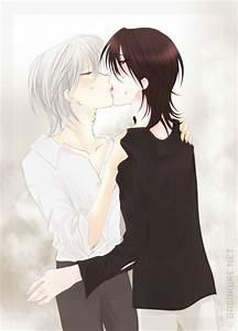Yaoi - Zero and Kaname kiss by Sagakure on DeviantArt