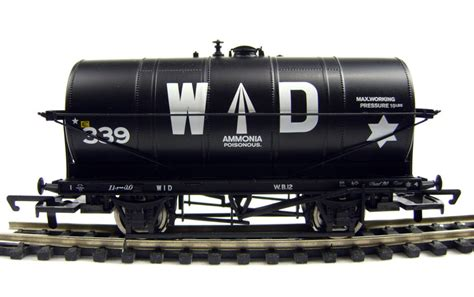 ton bureau hattons co uk hornby r6360 20 ton tank wagon in war
