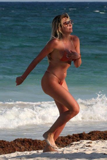 Khloe Terae Nip Slip Oops In Tulum Scandal Planet