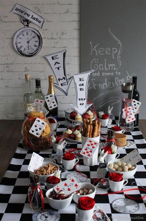 Im Wunderland Tisch by Wunderland Table Tische Tische Und Partys