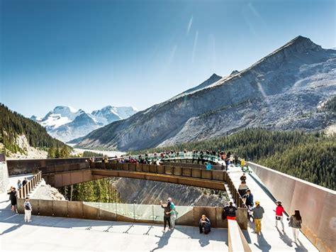 cabins floor standing on the edge at glacier skywalk alberta canada