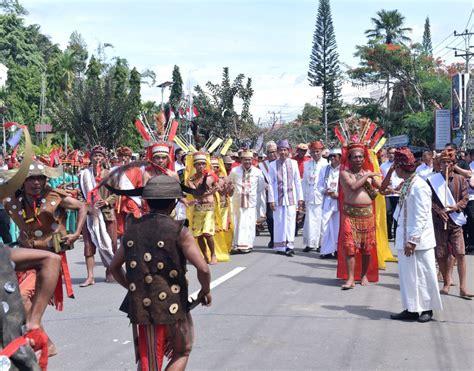 Presiden Jokowi Hadiri Festival Lovely December Tana