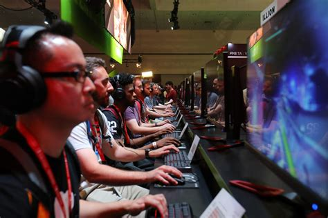 Playing Video Games Work Reduces Stress Study Shows