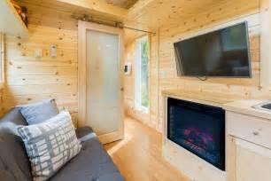 HD wallpapers tiny living room escape
